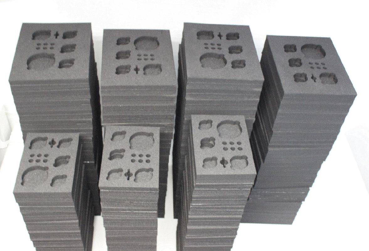Serie schuimverpakkingen lasersnijden