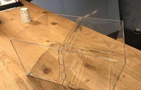 Voordelig acrylaat lasersnijden en assembleren